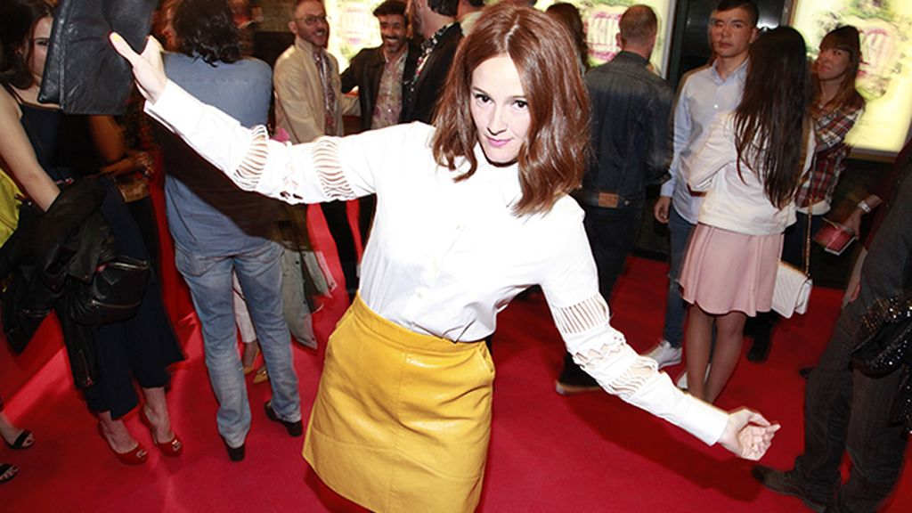 Ana Polvorosa con una bonita blusa de Uterqüe