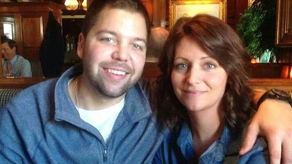 La historia de amor entre un joven trasplantado de corazón y la hermana de su donante