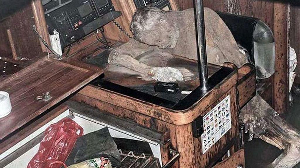 Hallan un cuerpo momificado en un yate a la deriva en Filipinas