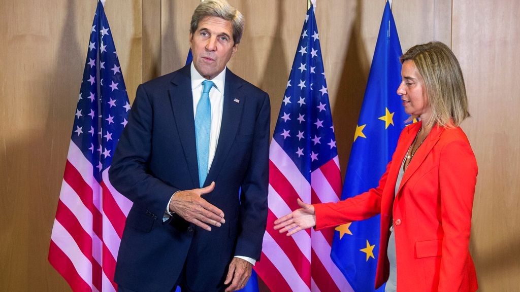 John Kerry y Federica Mogherini