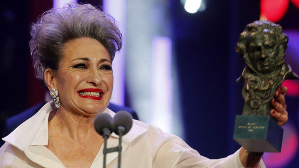 Luisa Gavasa, Mejor Actriz de Reparto