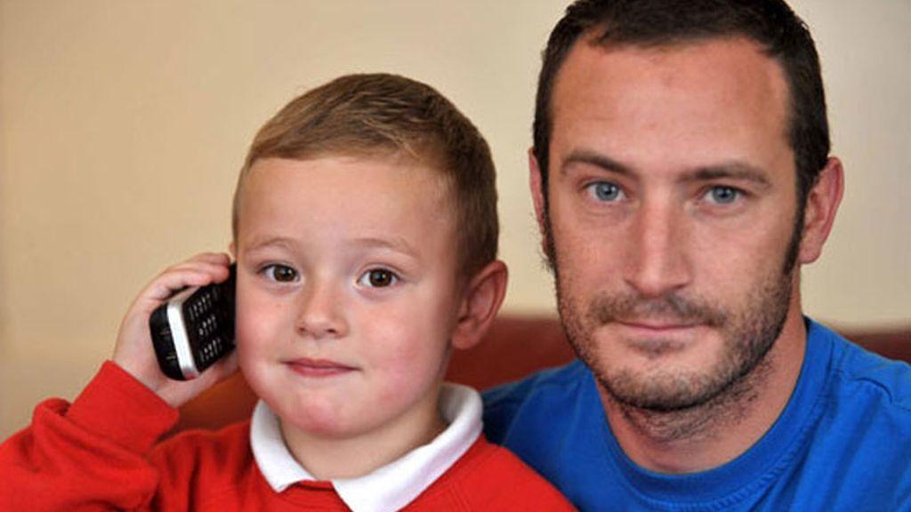Con cinco años salva a su padre tras sufrir un ataque epiléptico