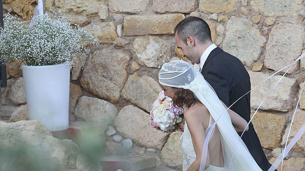 El enlace tuvo lugar en el Castillo de Tamarit, Tarragona