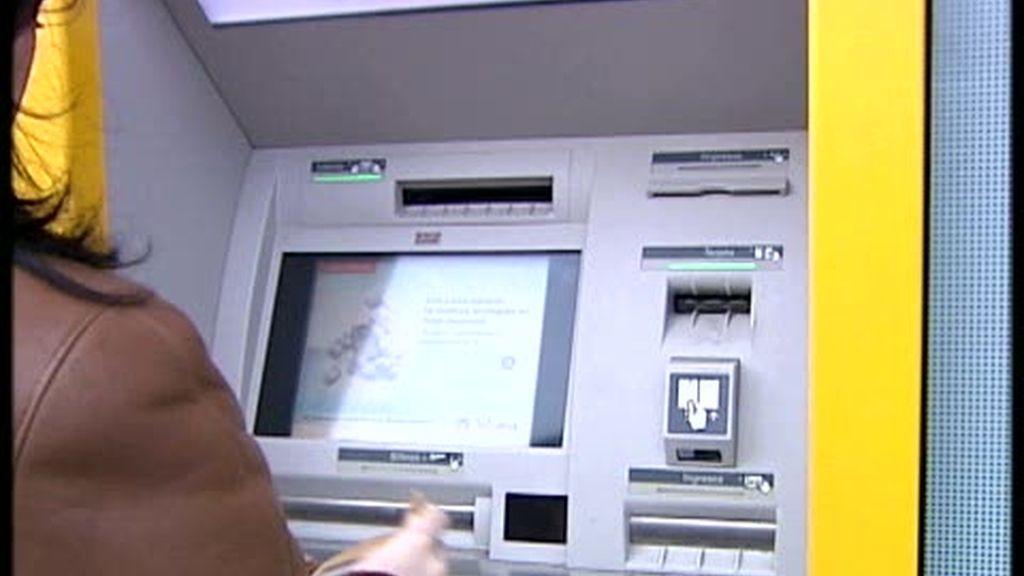 Las cláusulas de las tarjetas de crédito, abusivas