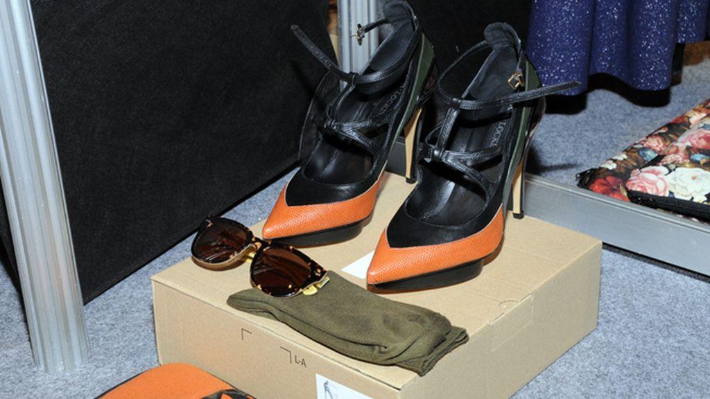 Los zapatos, gafas y el resto de los complementos de la colección McGuffin de Ana Locking