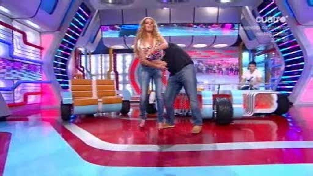 Flo y Dani menean a Paula