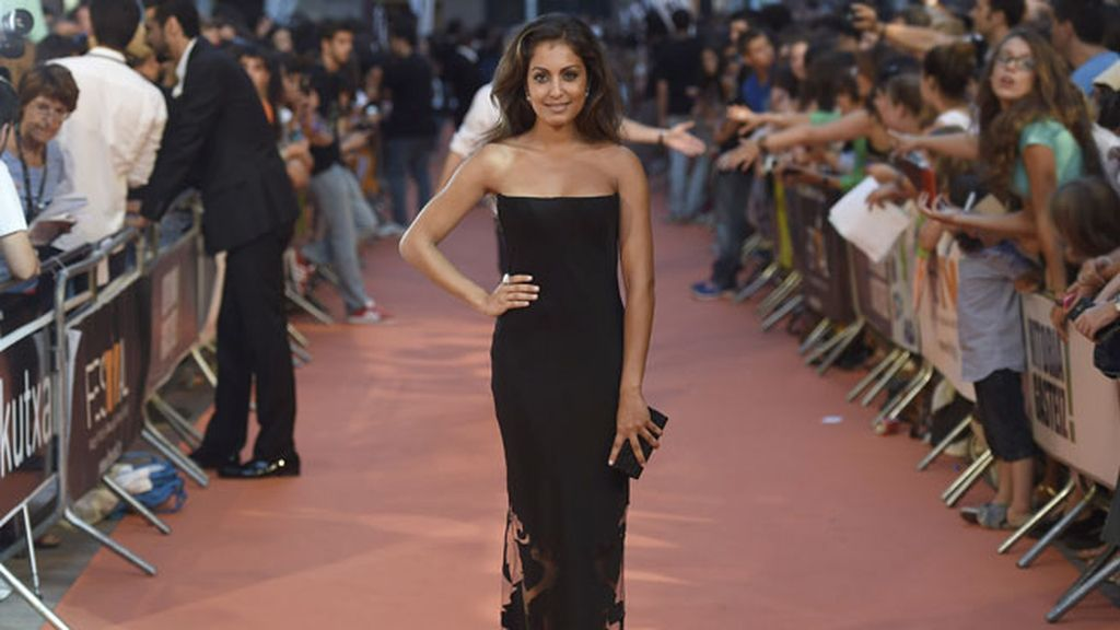 Hiba Abouk, espectacular de 'total black'