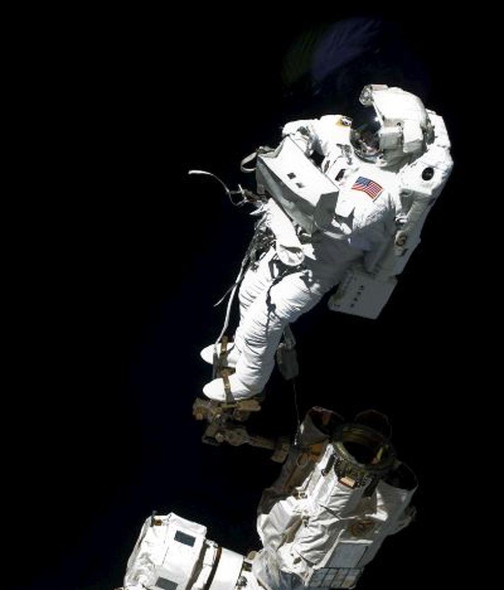 La NASA retrasa la segunda caminata espacial de la misión Atlantis