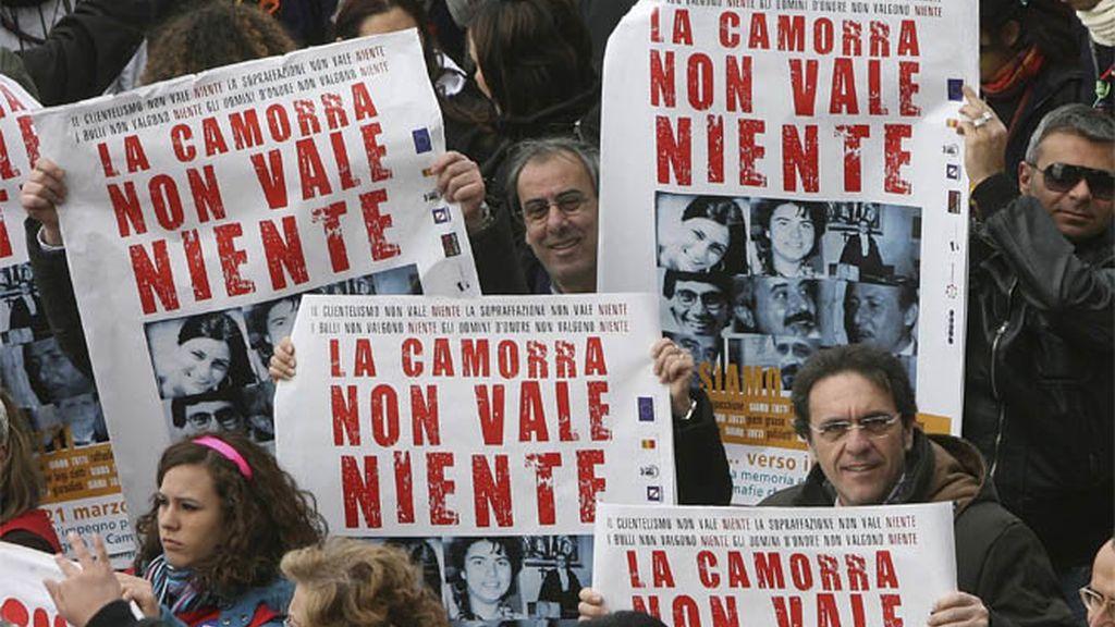 Manifestación contra la mafia italiana en Nápoles