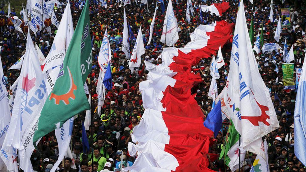 Marcha en Jakarta por el Día Internacional del Trabajo
