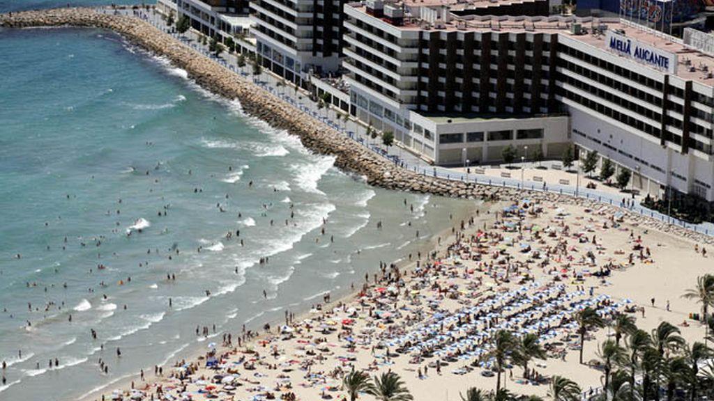 Imagen de una playa alicantina