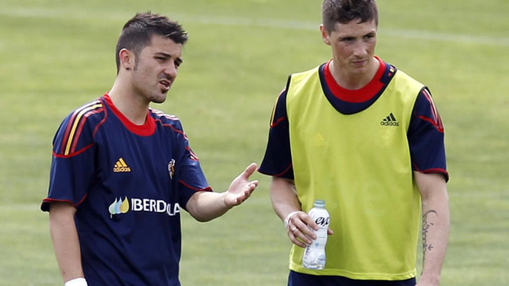 Fernando Torres ya entrena con el resto de compañeros