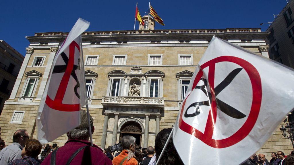 Marchas por toda España contra los recortes del Gobierno. Foto:EFE