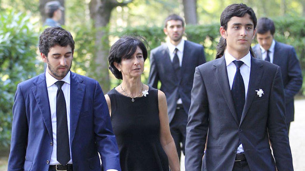 Paloma Botín junto a sus hijos