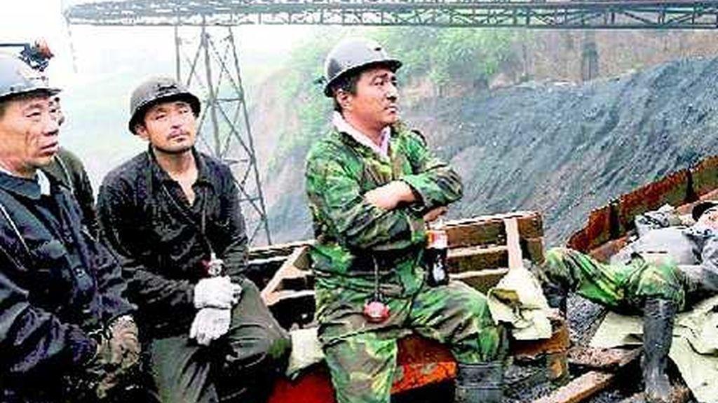 Mueren 28 personas por una explosión de gas en una mina de carbón en China