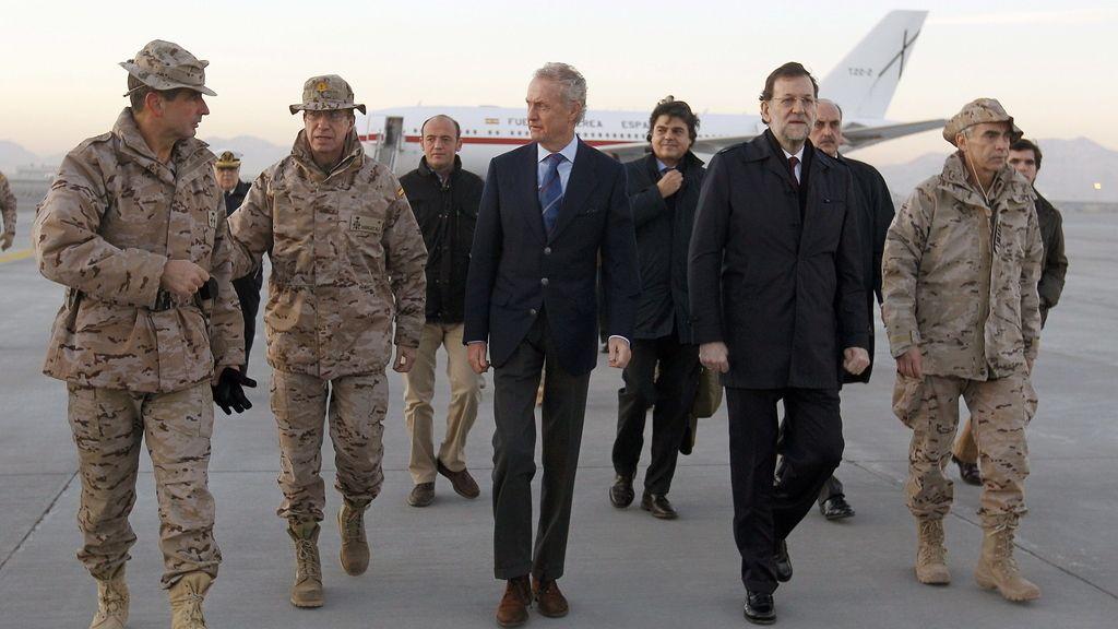 Rajoy llega a Vigo tras visitar a las tropas españolas para pasar las Navidades con su familia