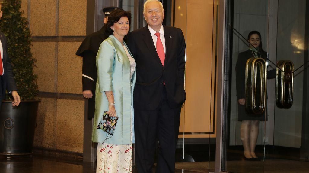El ministro José Manuel García-Margallo e Isabel Barreiro