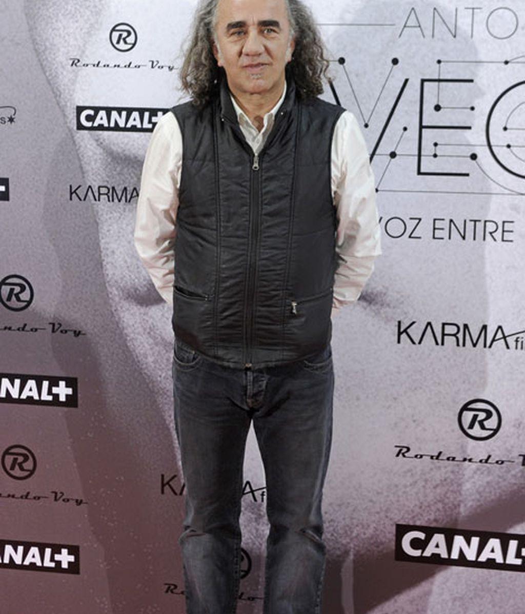 El cantante Teo Carralda no se perdió el estreno