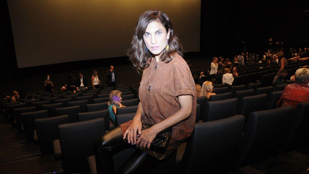 La actriz Toni Acosta no faltó a este concurrido estreno