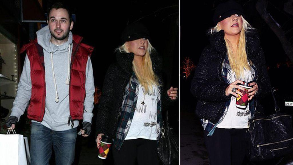 Christina Aguilera y su chico calientan con café las noches frias en Colorado