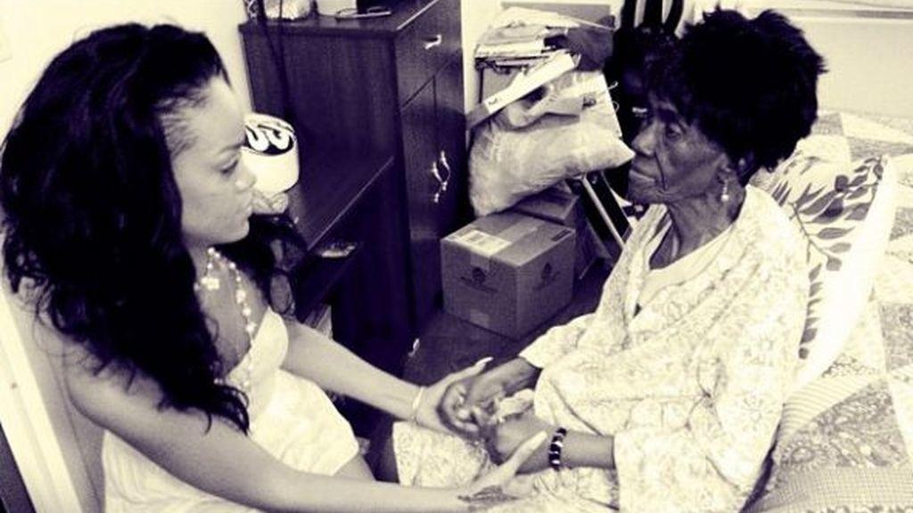 Rihanna demandada por no querer pagar el funeral de su abuela