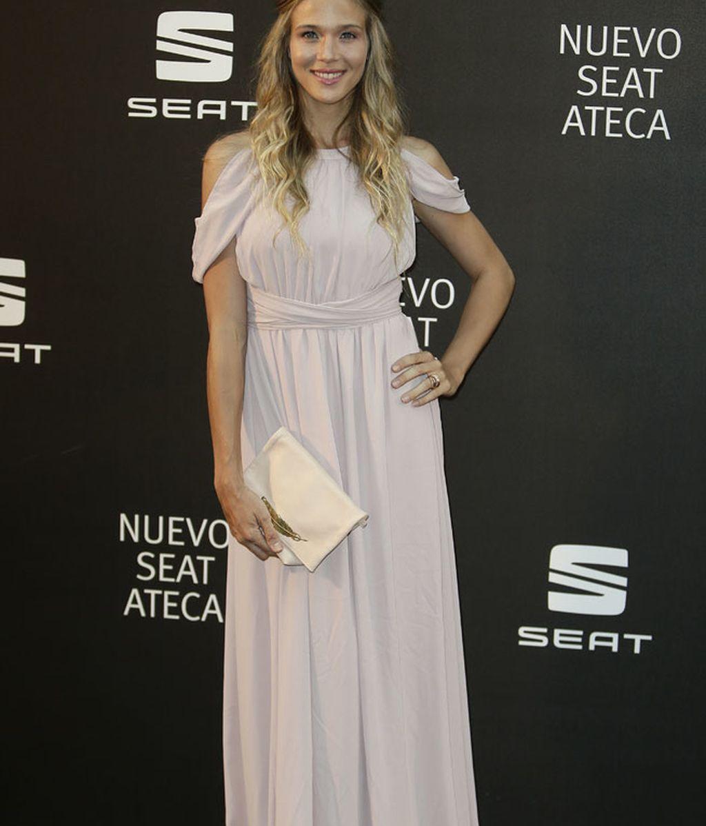 Patricia Montero con vestido largo de inspiración helénica