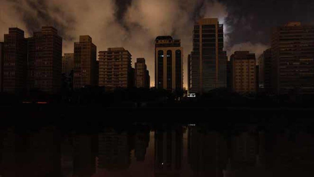 Un apagón deja a oscuras a Brasil y a Paraguay