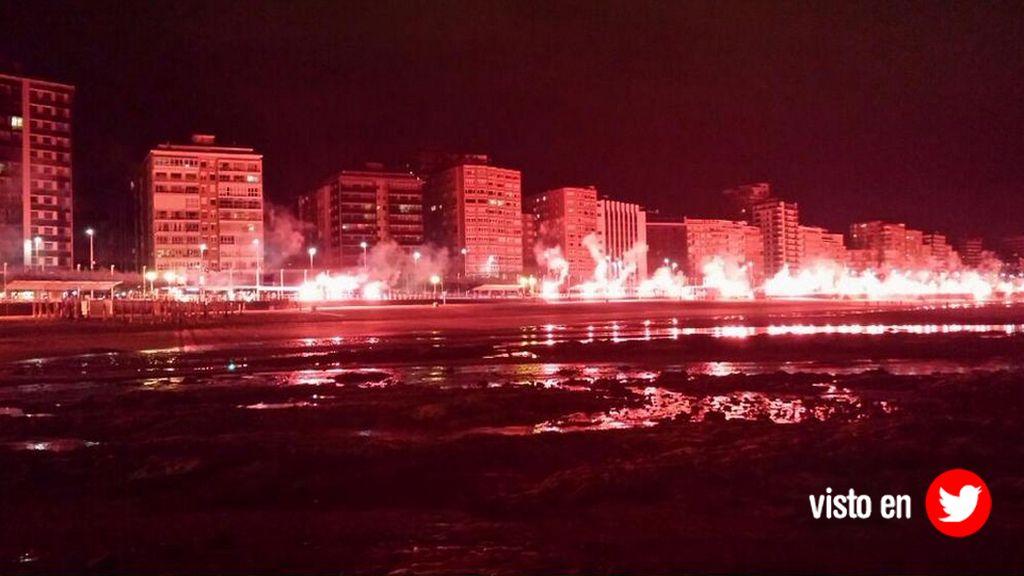 Gijón ardió con el ascenso de Sporting