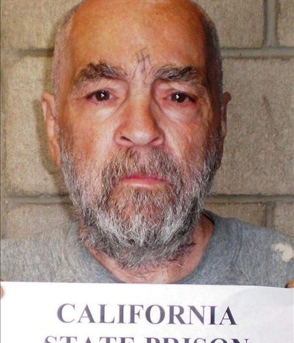 Fotografía cedida por la Prisión Estatal de California el 18 de marzo de este año del presidiario asesino Charles Manson, de 74 años. Manson cumple cadena perpetua por el asesinato de siete personas la noche del 8 al 9 de agosto de 1969. EFE/Prisión Estatal de California