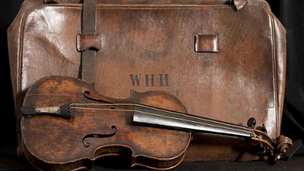 Encuentran el violín del Titanic