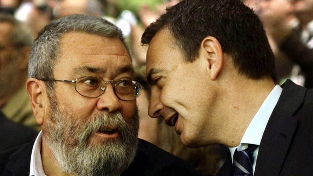 Mendez y Zapatero conversan surante el congreso de UGT