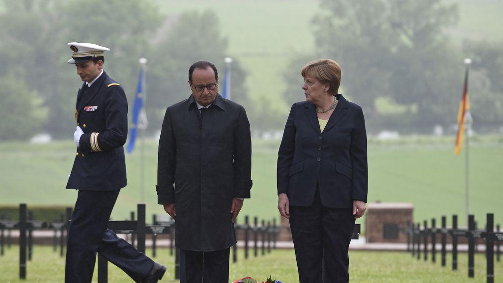 Hollande y Merkel acuden al 100º aniversario de la Batalla de Verdún