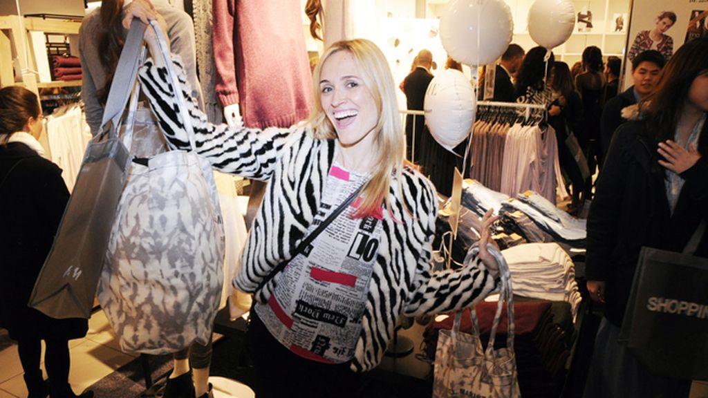 Laura Pamplona estaba más que contenta con sus compras