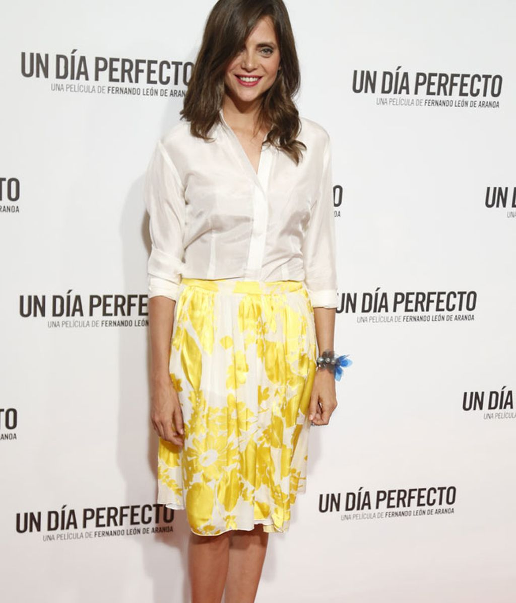 El look veraniego de Macarena Gómez, quien dio a luz hace cuatro meses