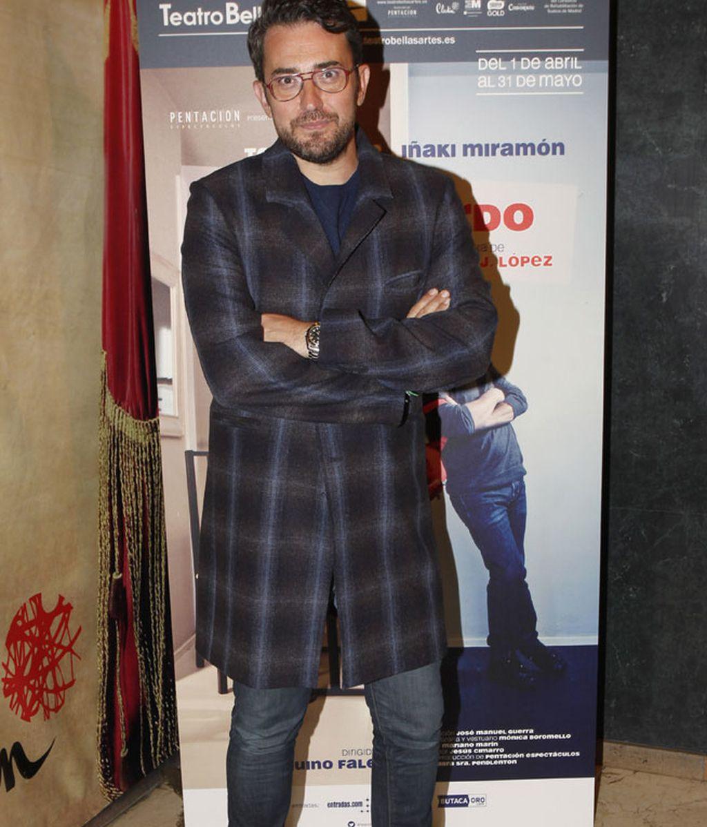 Máxim Huerta acudió con un 'look de cuadros'