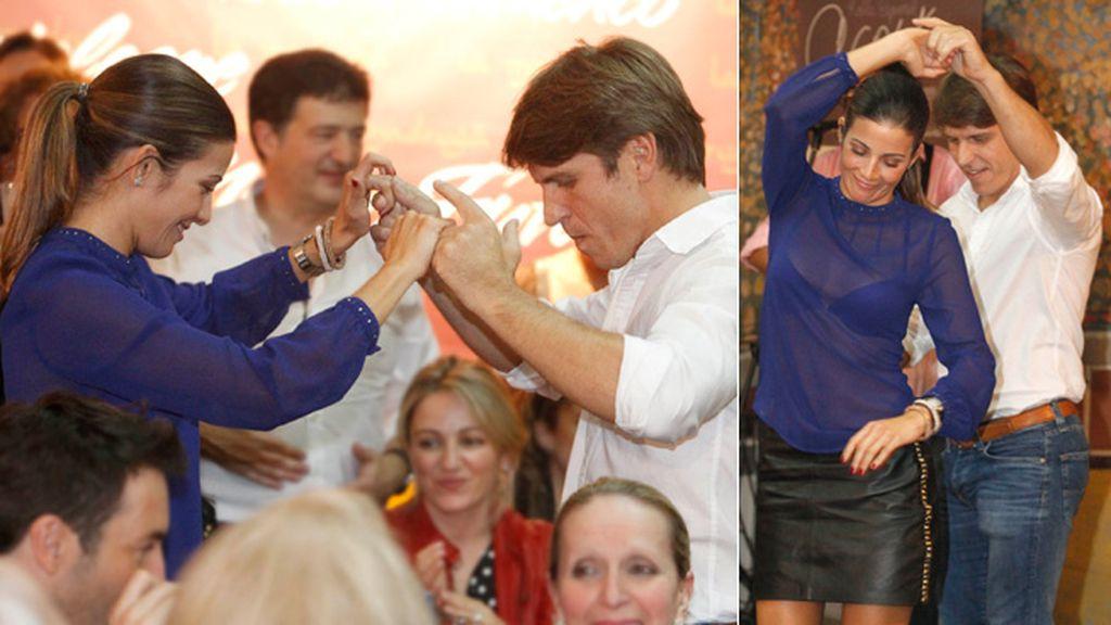 Manuel Díaz y Virginia disfrutaron bailando un pasodoble