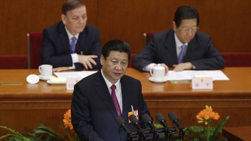 """Xi Jinping promete dirigir al país hacia el """"gran renacimiento"""" y el """"sueño chino"""""""