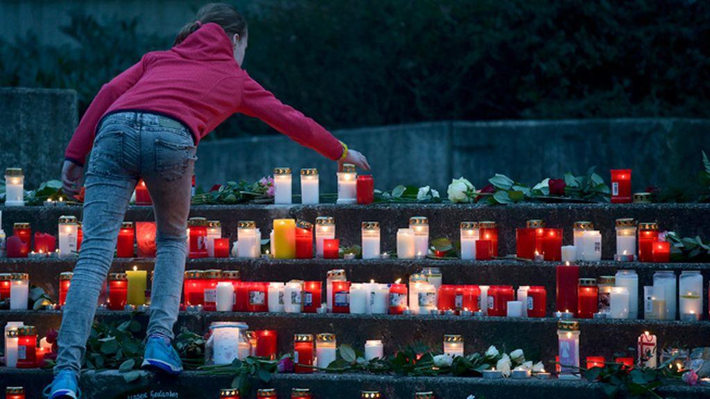 Vigilia y dolor por las víctimas