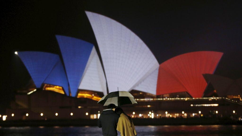 Australia se solidariza con Francia tras los atentados