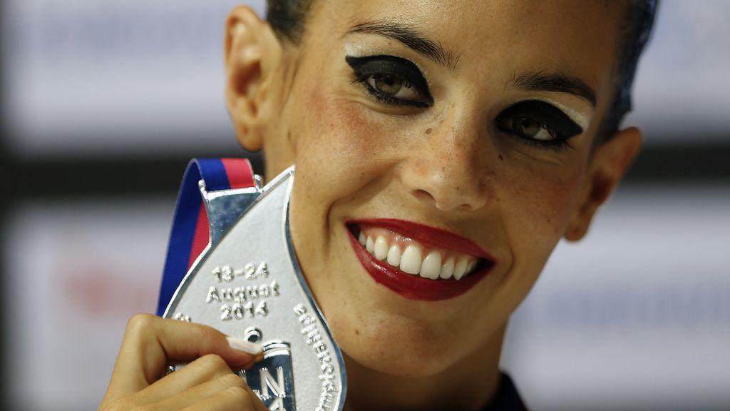 Ona Carbonell logra la medalla de plata en solo de natación sincronizada