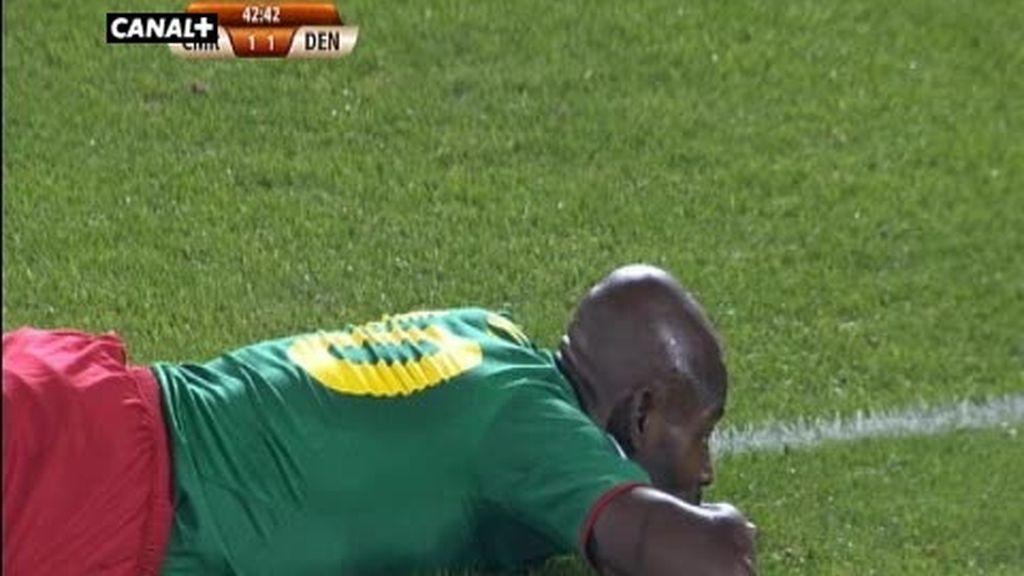 Grupo E: Camerún 1 - 2 Dinamarca