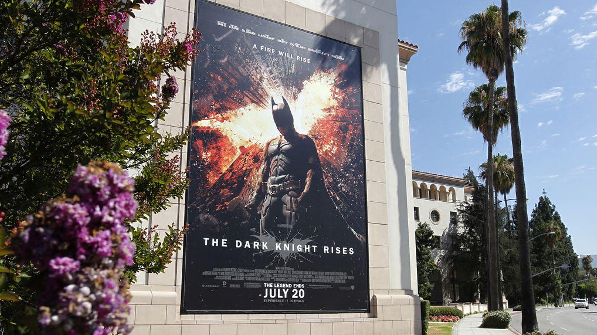 """Cartel de la película """"El caballero oscuro: la leyenda renace"""""""