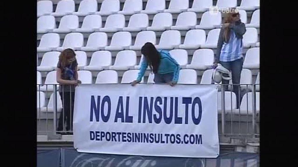 Contra la violencia fútbol y baile