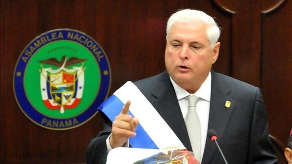 El presidente de Panamá, Ricardo Martinelli, asiste al acto inaugural de la segunda legislatura del segundo periodo de sesiones ordinarias de la Asamblea Nacional de Panamá, en la que rinde un informe a la nación, en Ciudad de Panamá. EFE