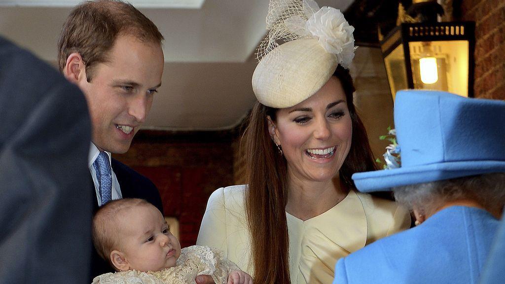 Los duques de Cambridge buscan nueva niñera