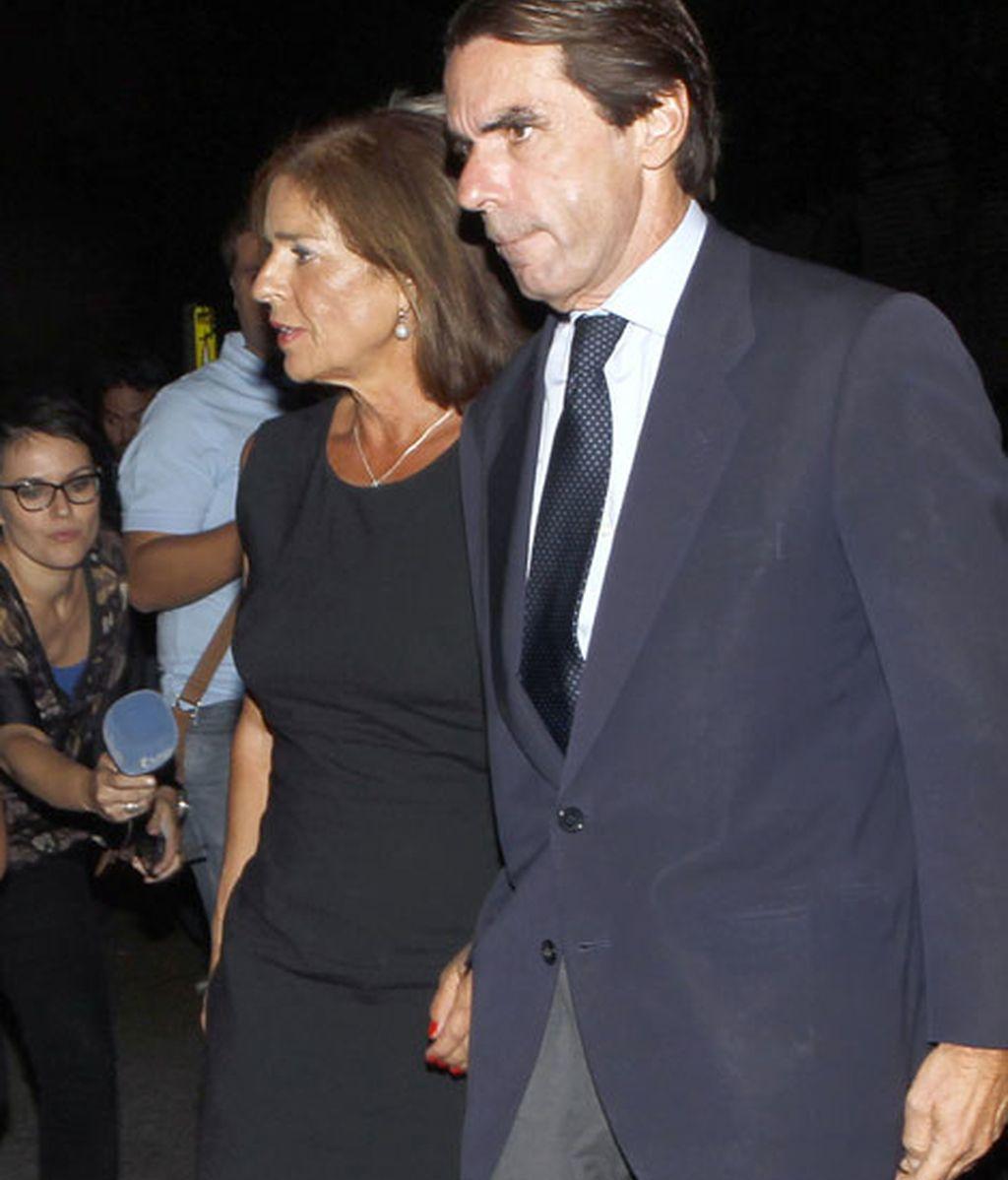 José María Aznar y Ana Botella en la capilla ardiente del empresario