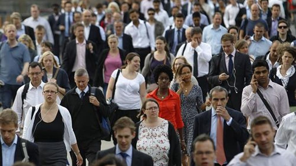 Londres estudia limitar a 75.000 personas la entrada de ciudadanos de la UE