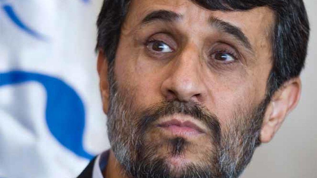 Mahmud Ahmadineyad en el Parlamento