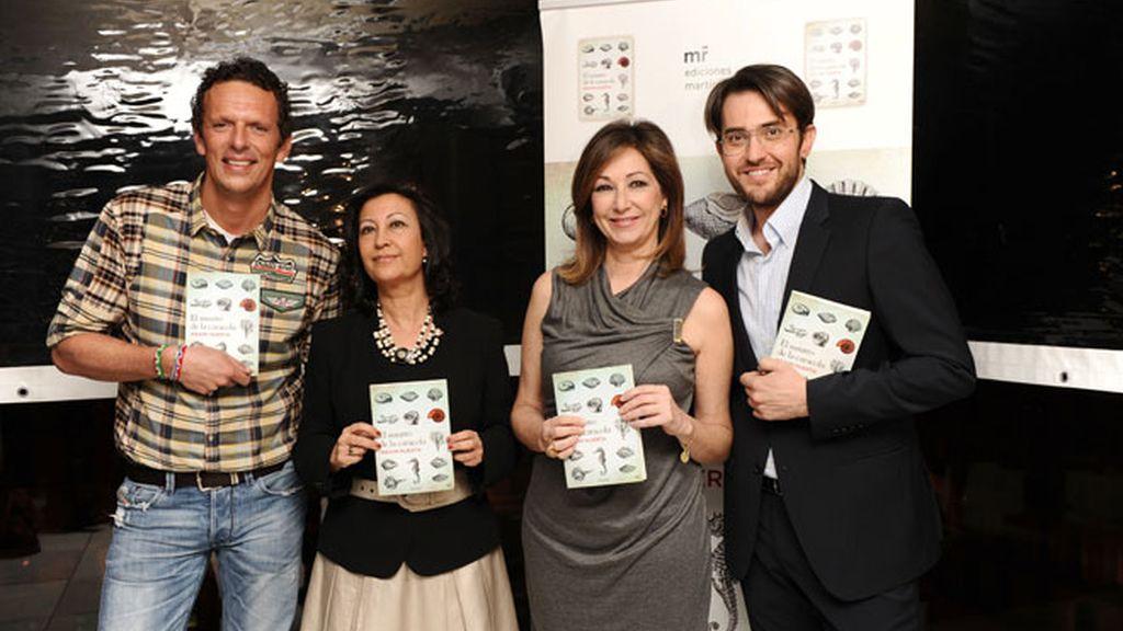 Màxim Huerta presenta su segundo libro muy bien rodeado