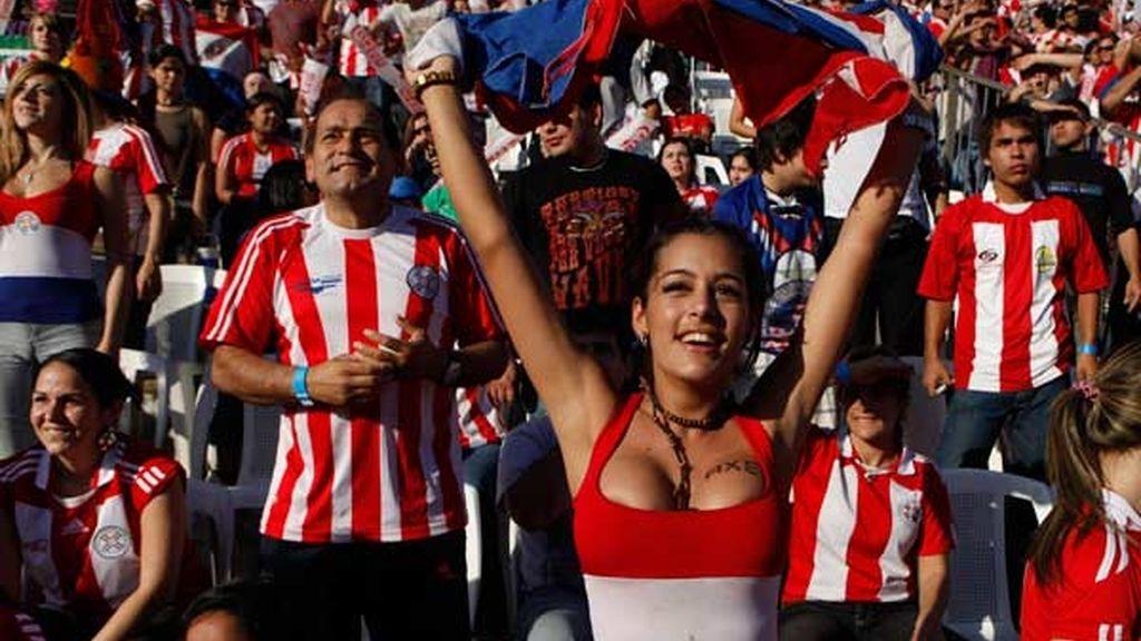 Larissa Riquelme, fantasía Paraguaya